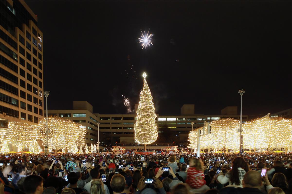 2020 Kansas City Mayors Christmas Tree Lighting Ceremony Mayor's Christmas Tree Lighting Ceremony   Crown Center Events